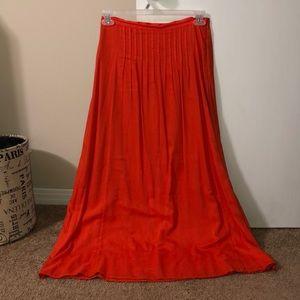 Pleated LOFT full length skirt